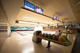 Bowling at the overpoort