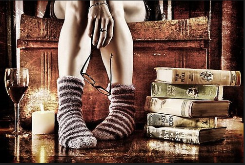 New girlfriends & Old books: Ladies Book club (20's & 30's)