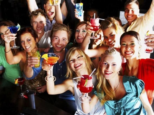 The Expats - Dubai Friendships Group (5600+ members)
