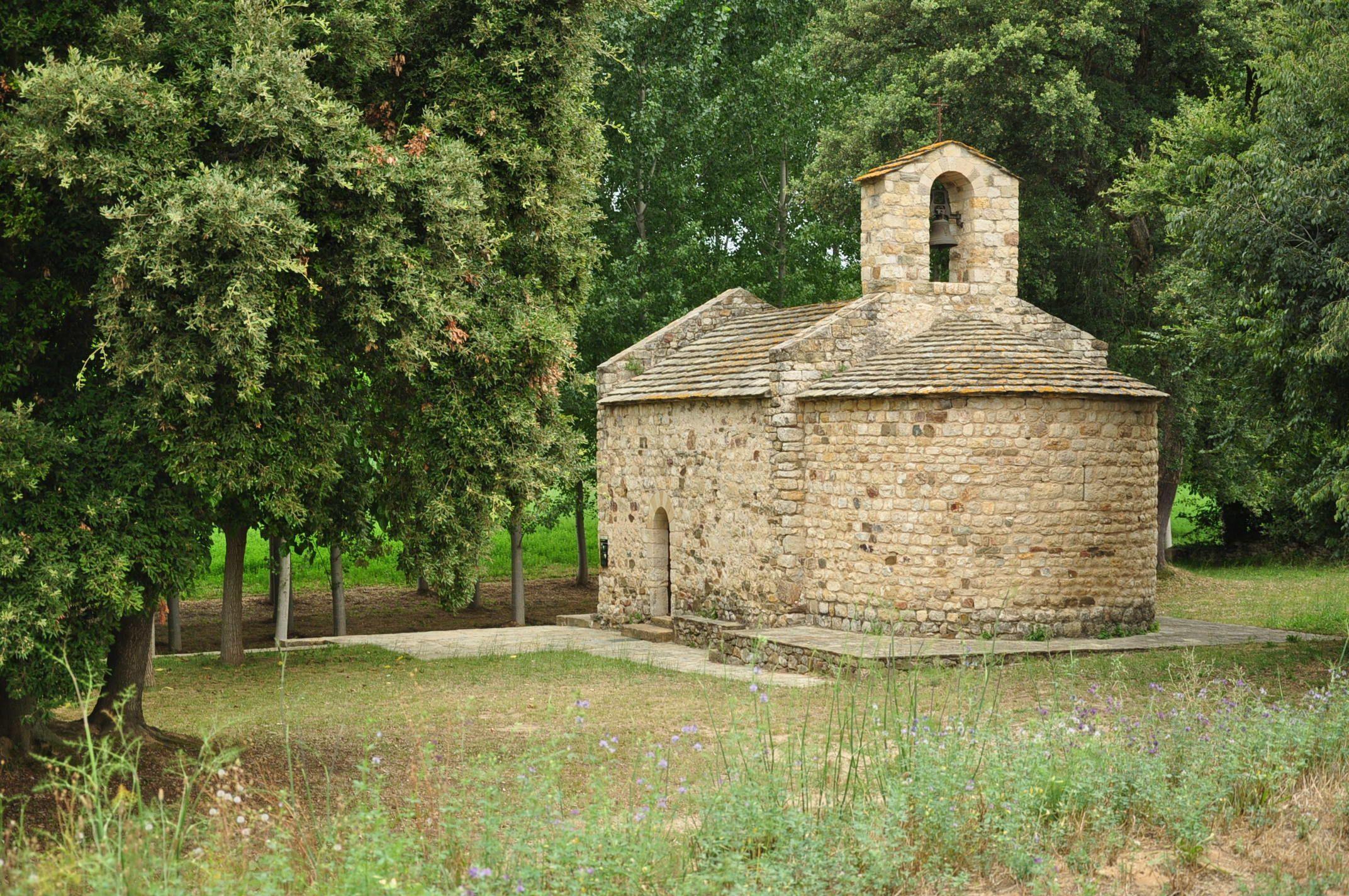 Ruta de los Pueblos medievales del Ampurdán II: Monells, Cruïlles, La Bisbal