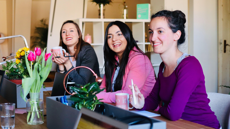 CoWomen | Connecting rising women