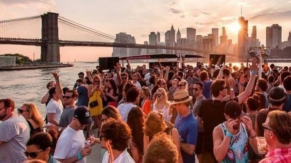 Photos - FREE or inexpensive things to do in New York City
