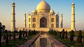 Explore the World: Travel with Us to India!