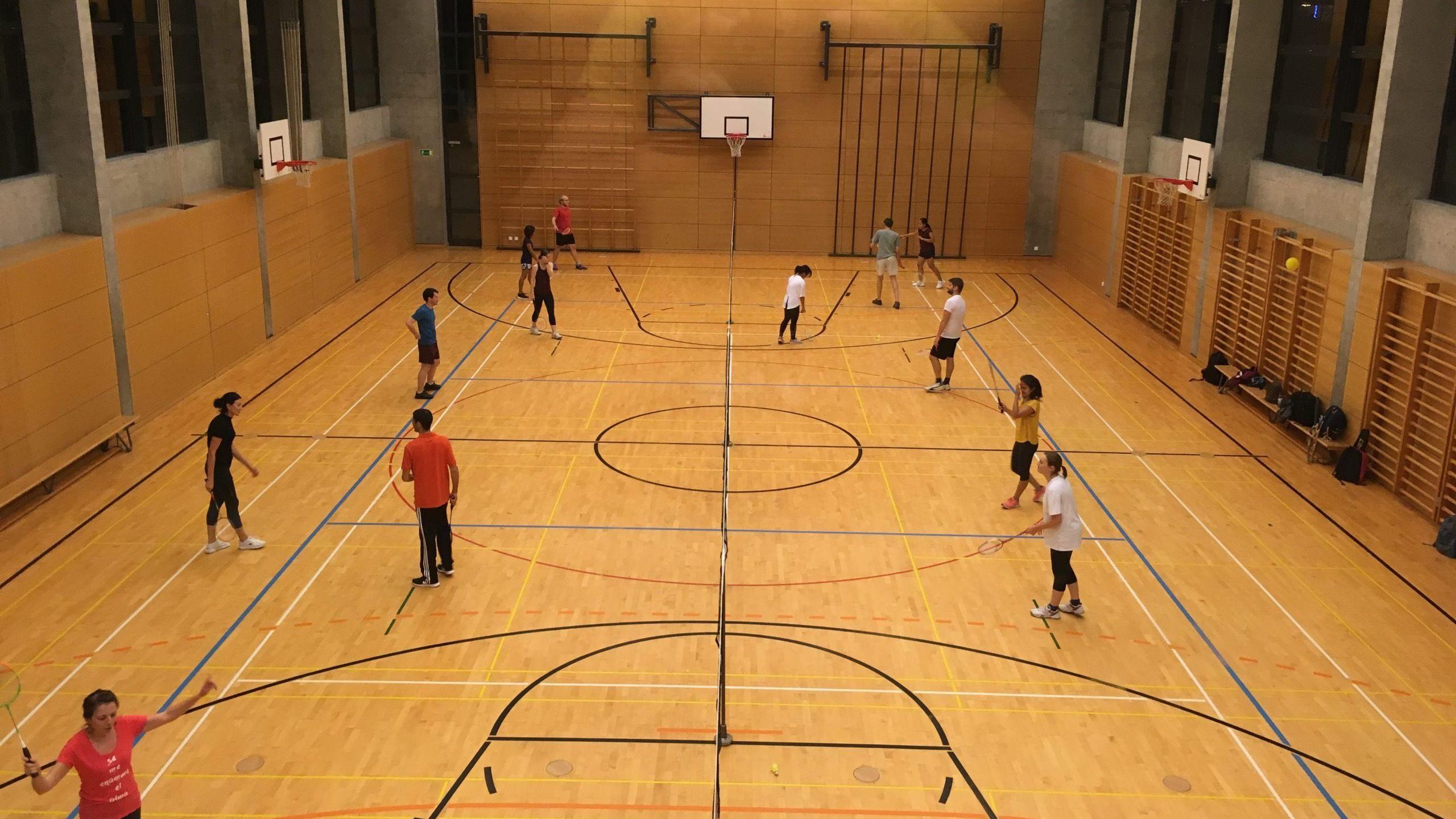 Thursday Badminton (Nations) - All levels