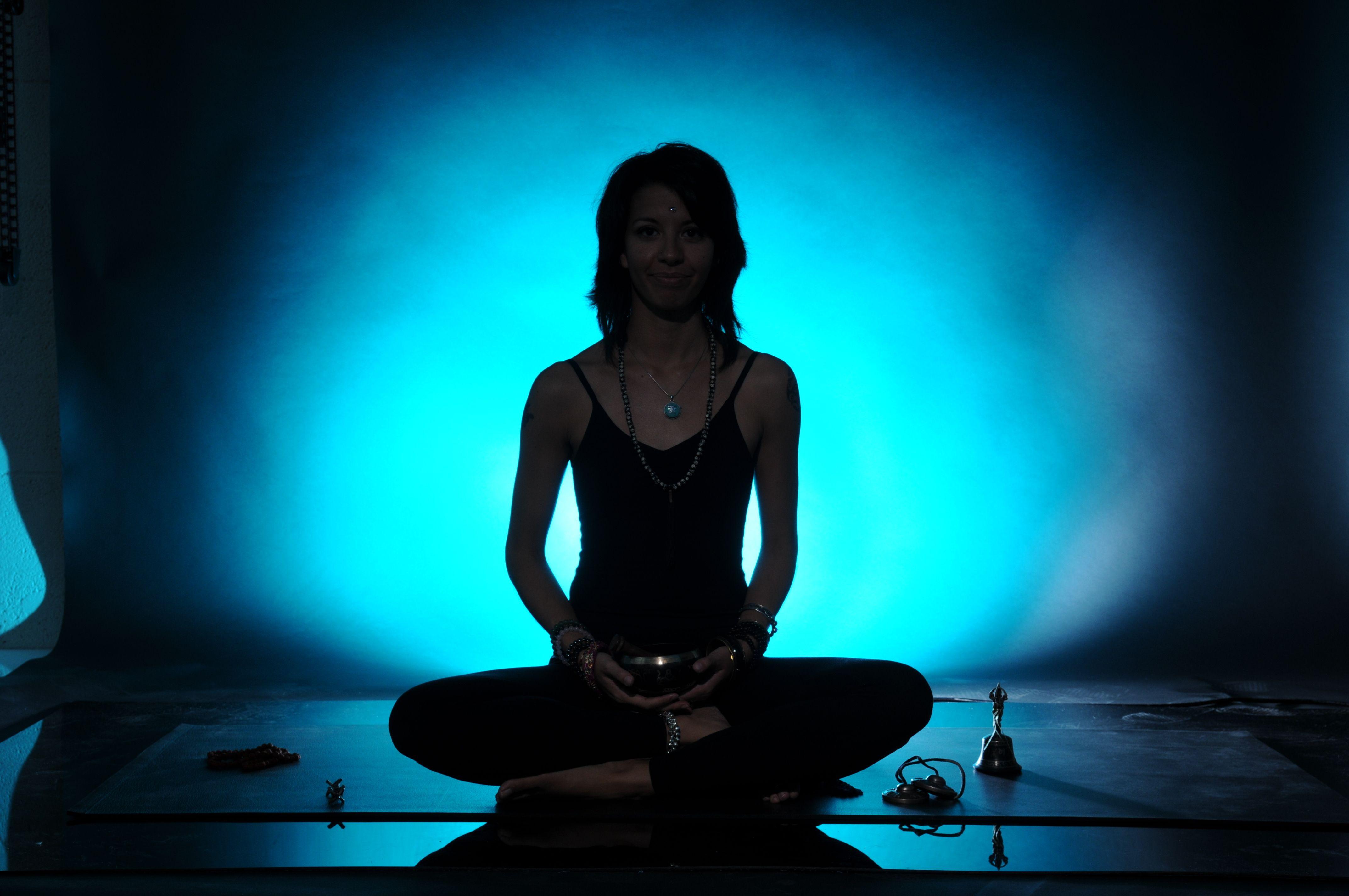 Yoga Poses | withglitterandbellson |Meditation Posture Chakra