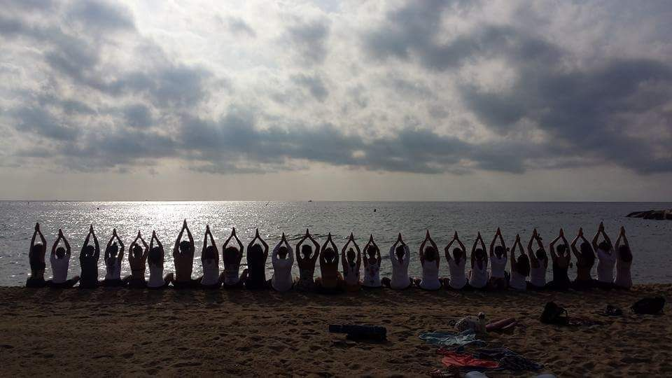 YOGA FOR EVERYBODY  ॐ Sÿana •• Yoga