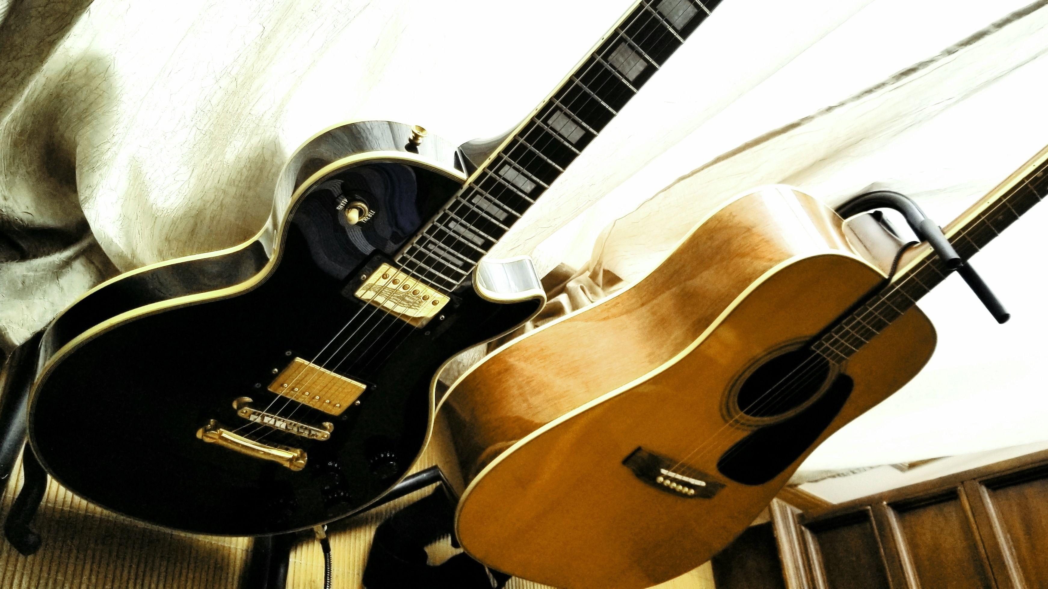 Guitar classes, jam session