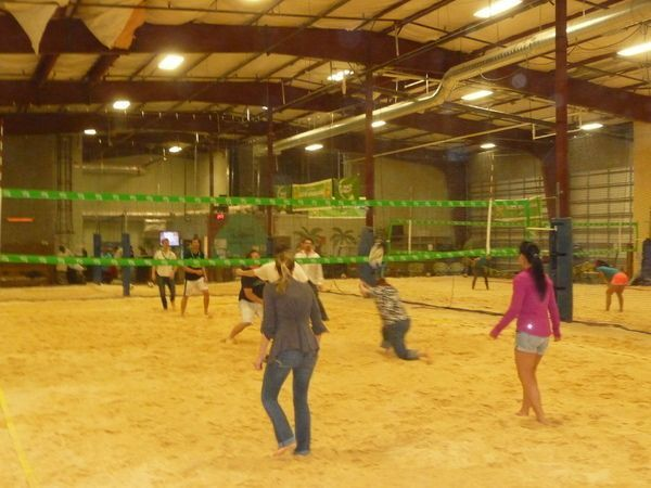 event in Seattle: Come play Late Night Indoor Beach Volleyball !