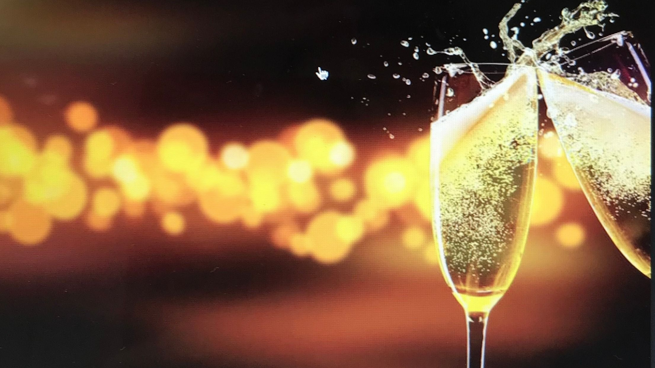 A Glass of Sparkling-Ladies 35+