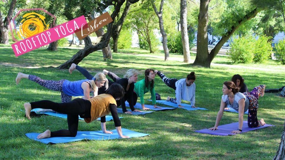 Yoga in Parque Eduardo VII