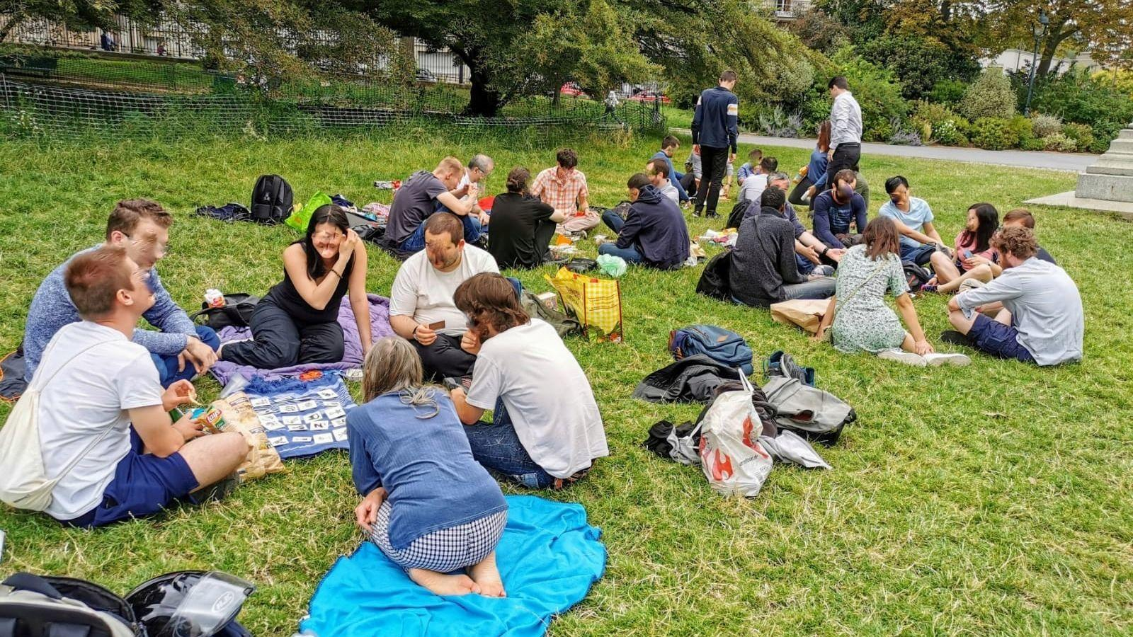 Après-midi pique-nique/jeux au parc Montsouris !