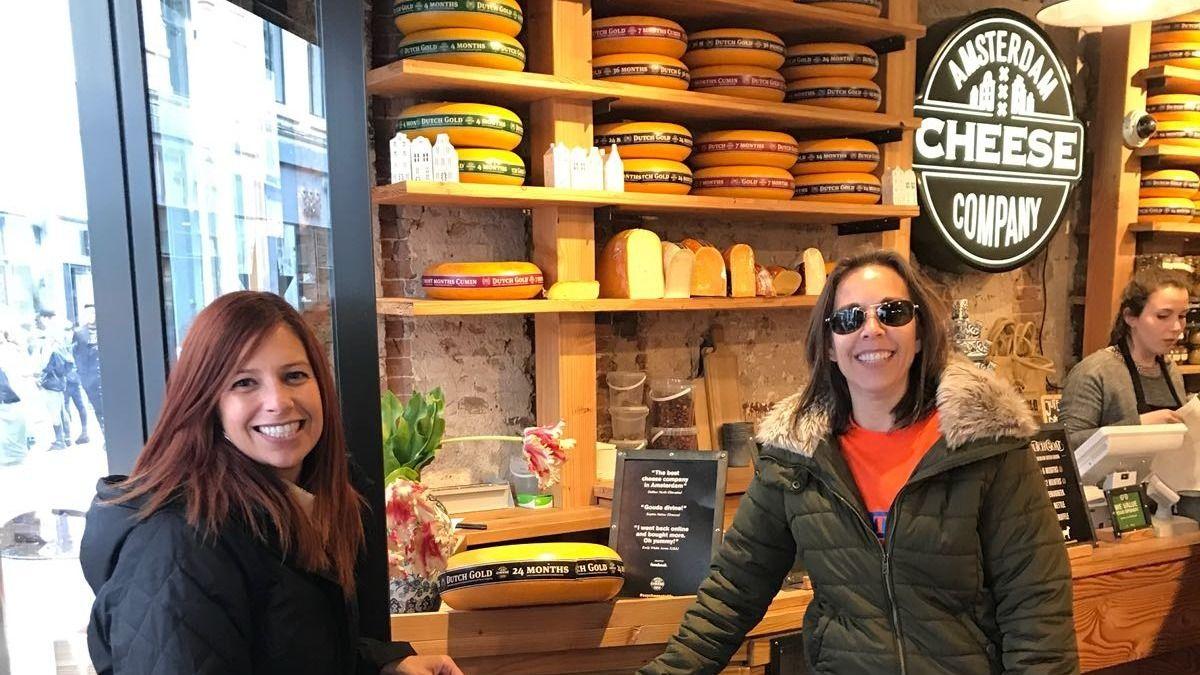 Women Travel Abroad Los Angeles