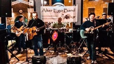 Bites & Drinks at Peaches with Live Music from Alter Ego