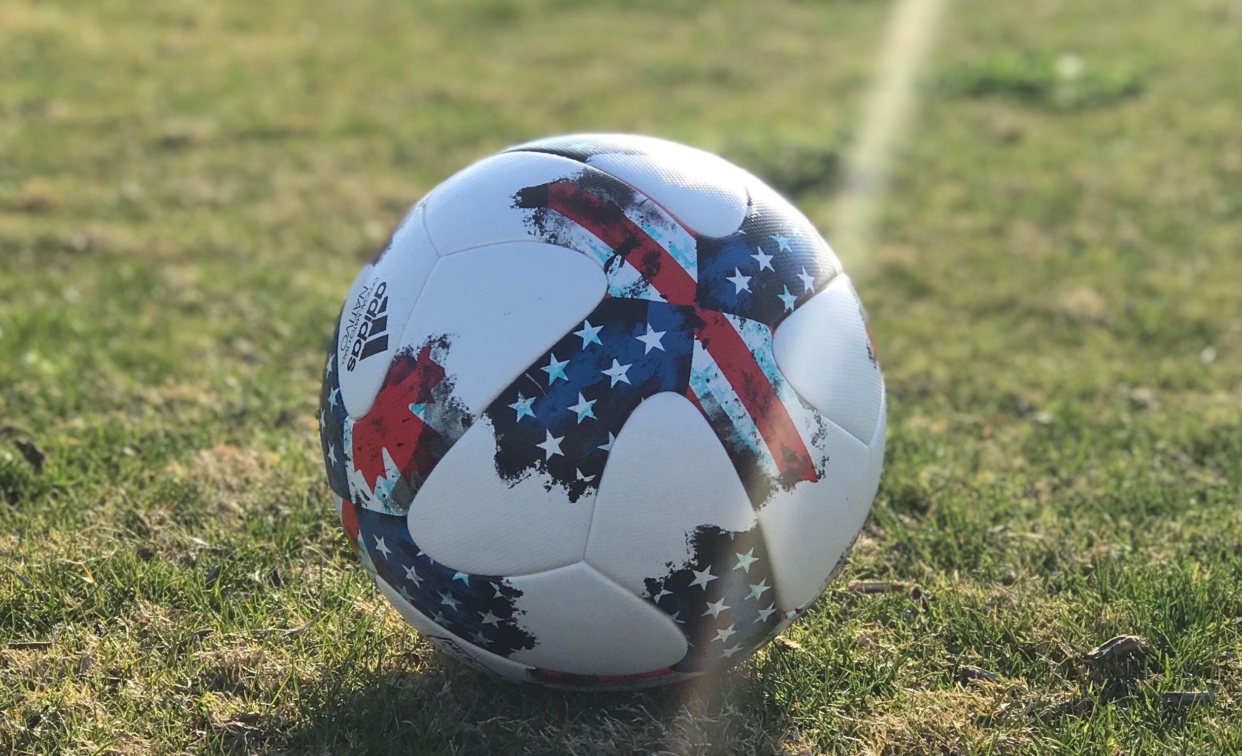 Newport Beach Adult Pick-Up Soccer (Coed) - Sunday
