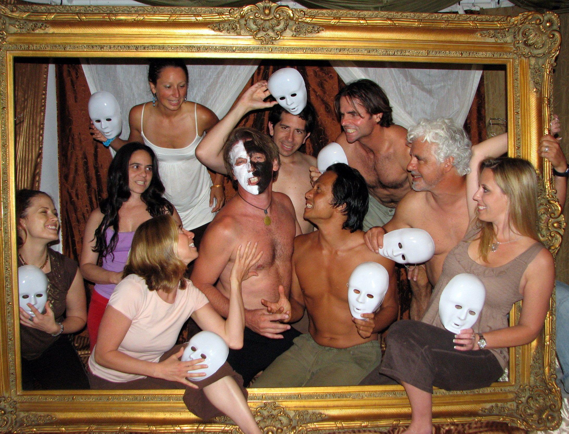 krasavitsu-video-seks-s-gruppami