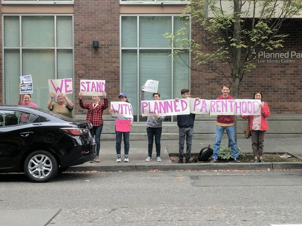 Community Event: Protect Planned Parenthood! (Everett) @ Planned Parenthood   Everett   US
