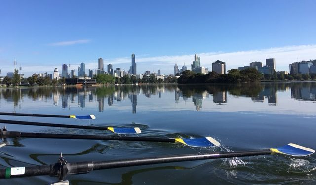 Crew Rowing Albert Park Lake Meetup