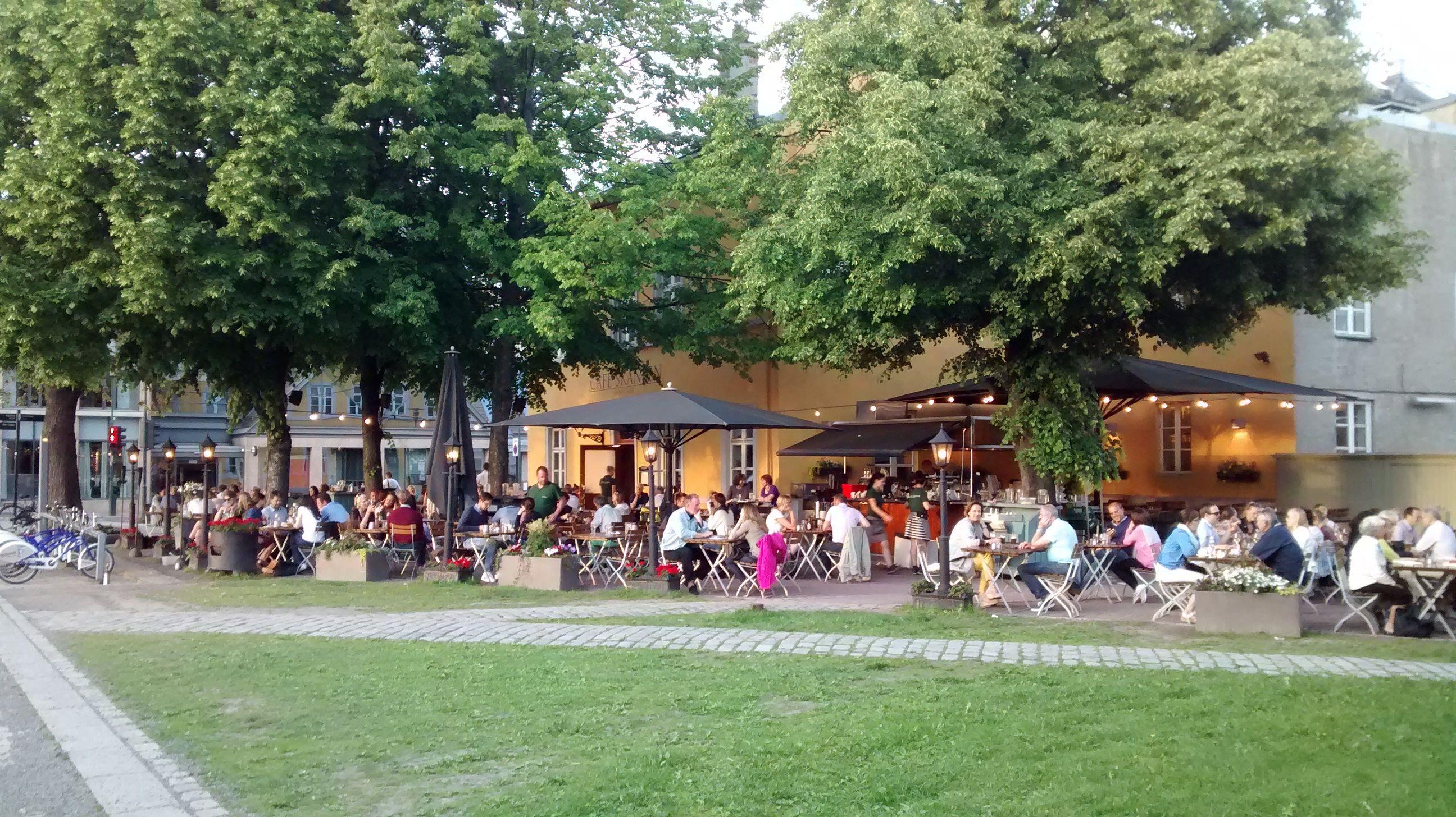 Paris Café Conversation en Japonais