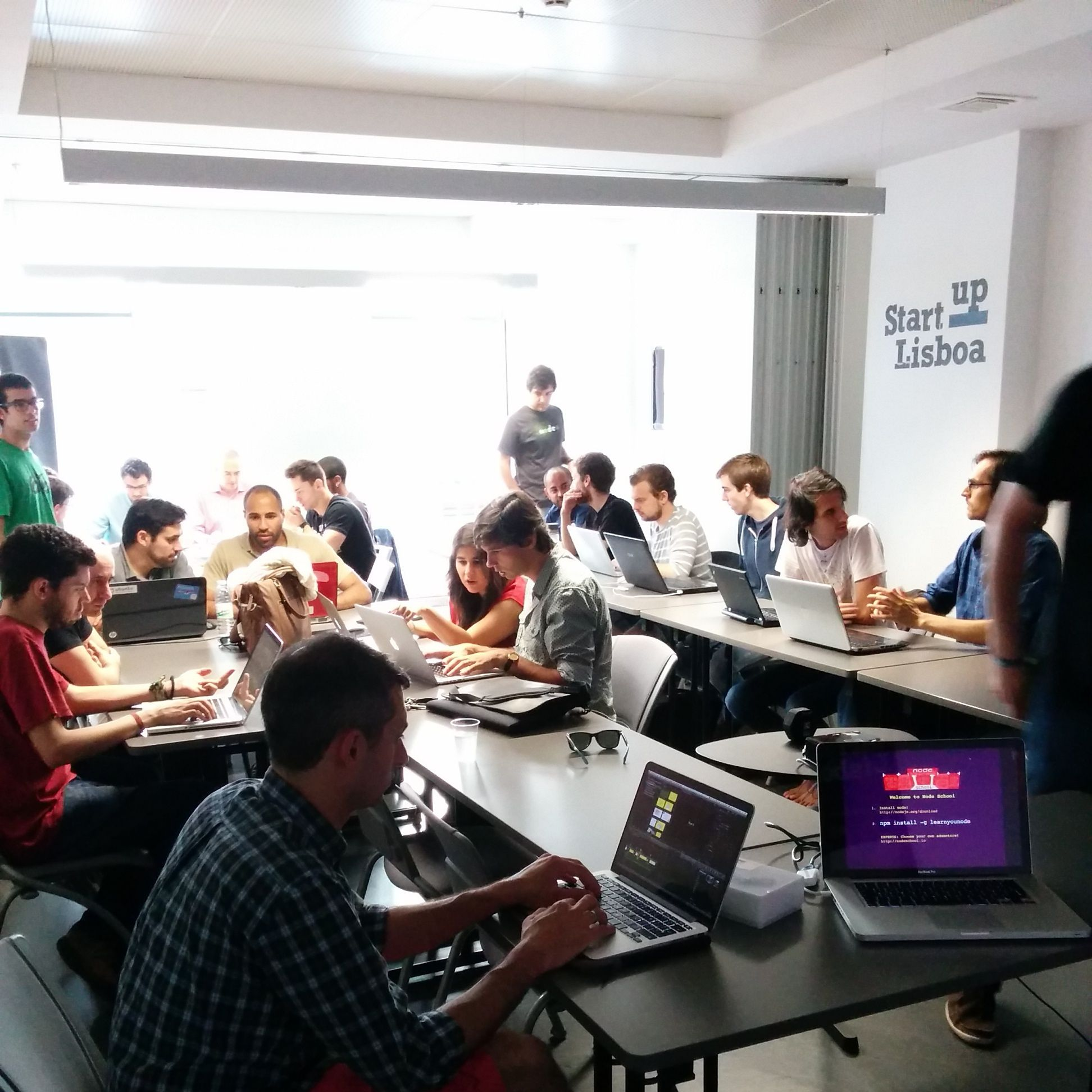 require('lx') - The JavaScript meetup in Lisbon