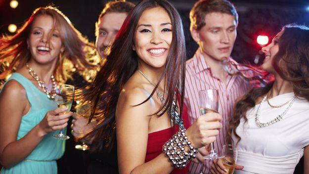 #1 NYC Social Group: Wine Tastings, Happy Hours & More!