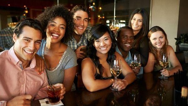 The Expats - Dubai Singles under 35 (7575+ members)