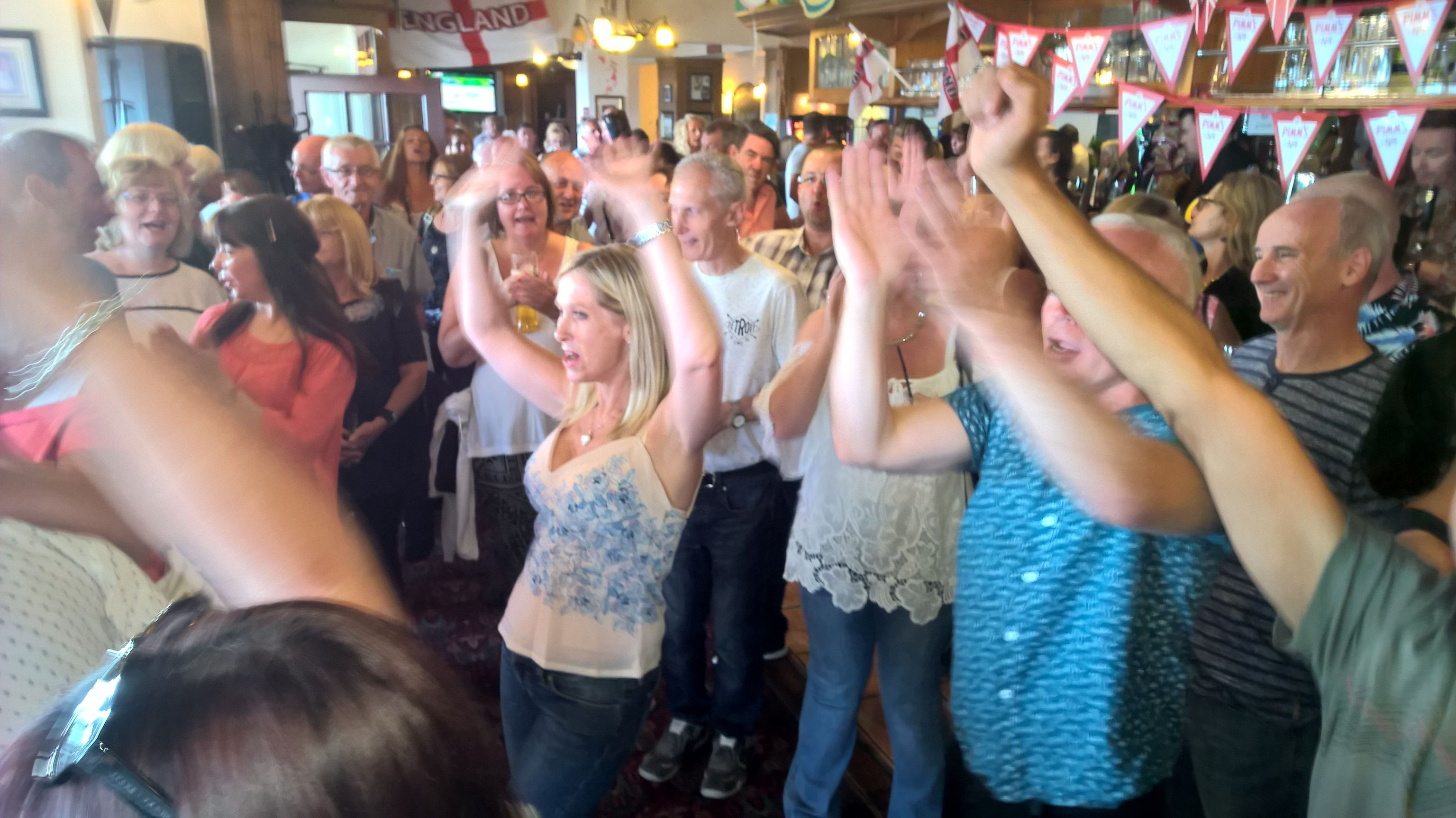 SOUTHEND OVER 40s (singles) NIGHTS OUT and TRIPS AWAY