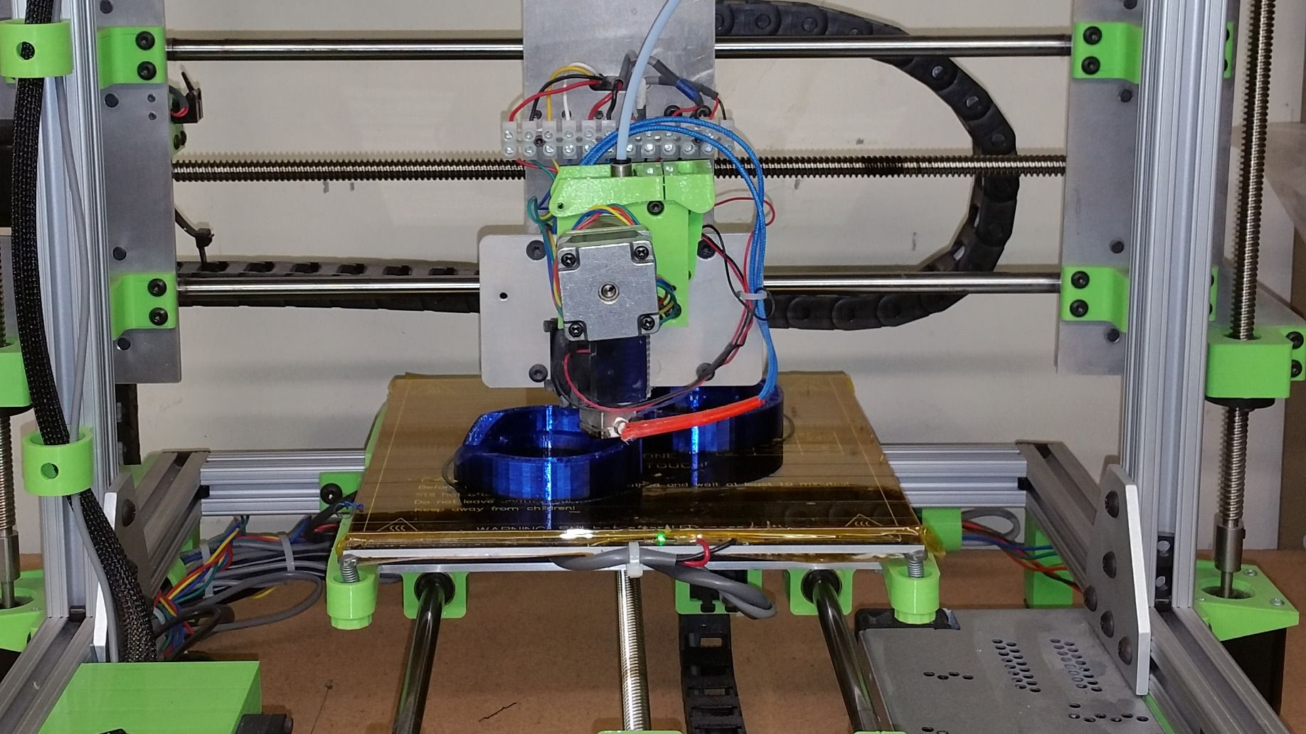 Online PIC Programming, OpenSCAD, KiCad and All things Embedded