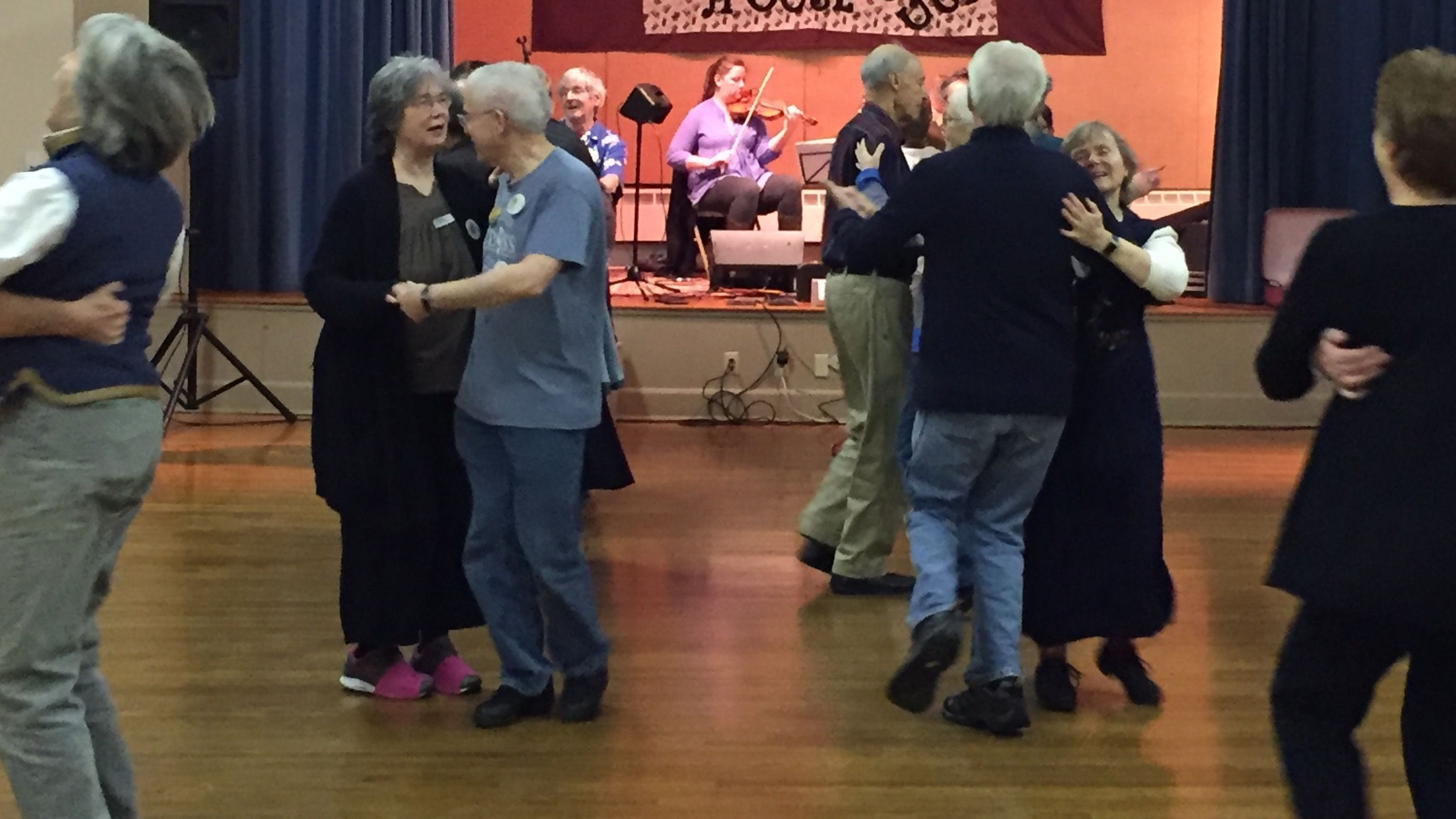 Syracuse Country Dancers - English and Contra Dance