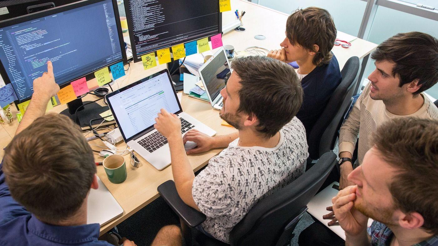 Обмен знаниями и опытом у программистов европейских стран
