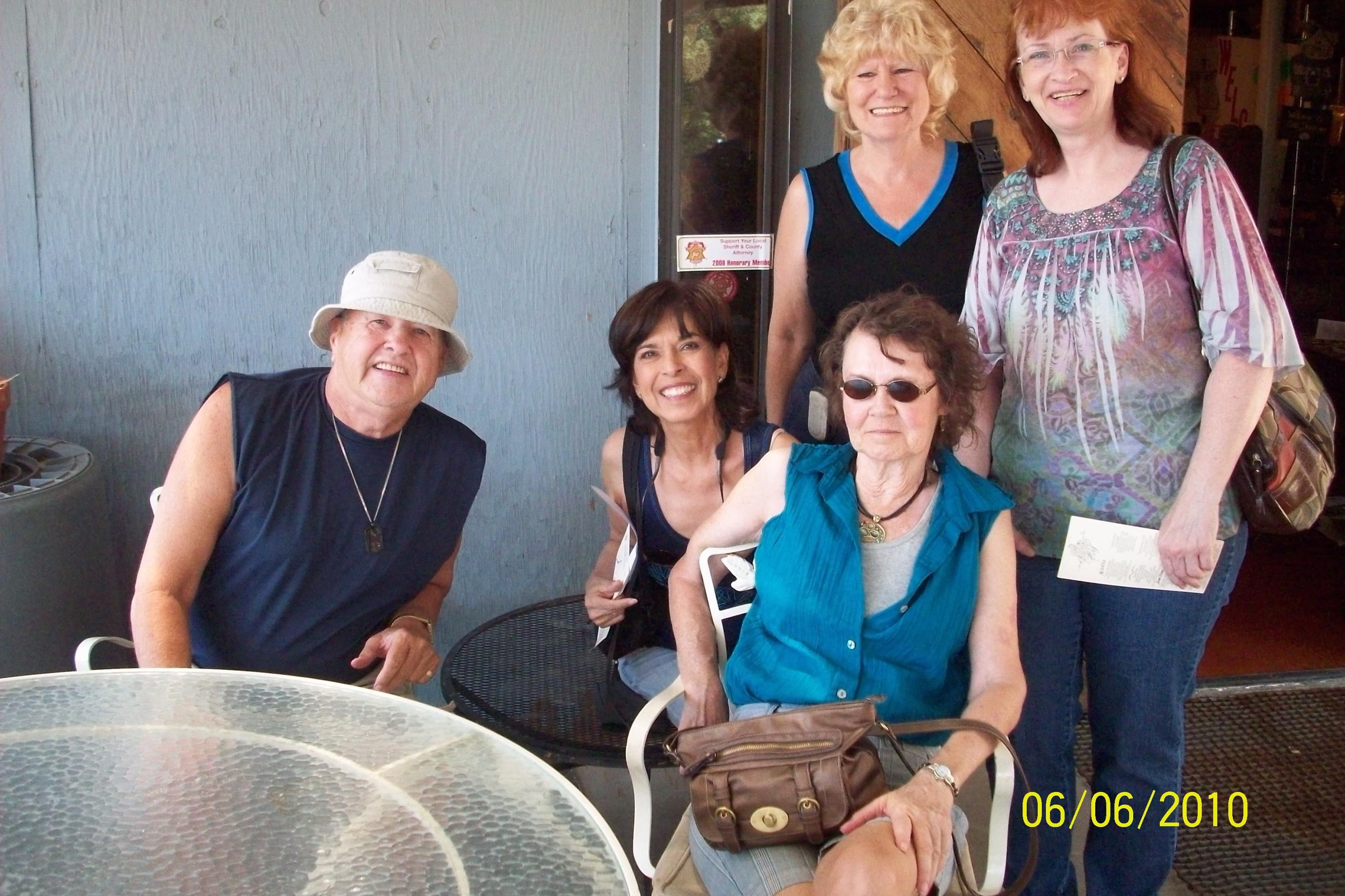 avondale mature singles All over 50 singles are invited to meet and socialize for coffee, team trivia, dine-out, day trips, dancing, happy hours, movies, concerts and whatever our members suggest to make this a fun.