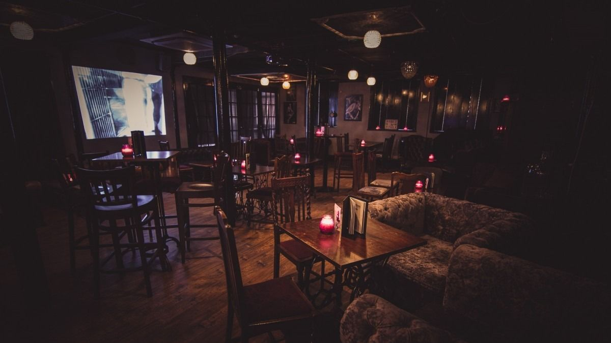 singles groups manchester
