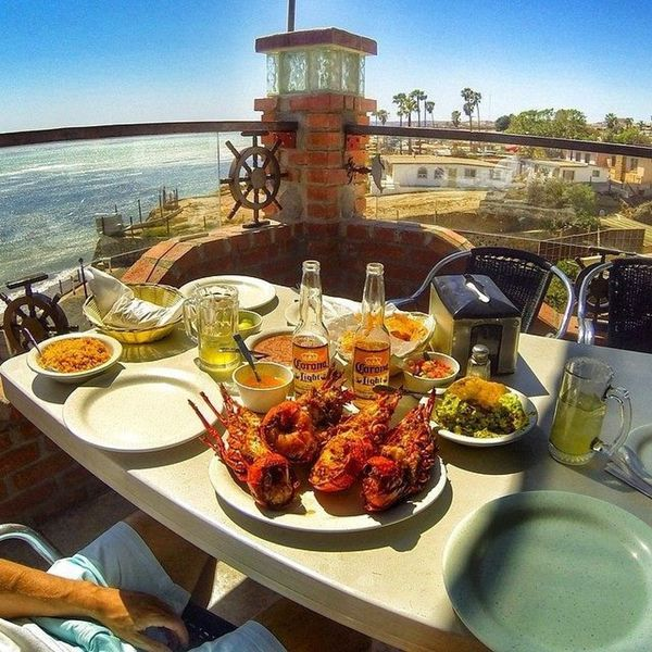 Rosarito Mexico Beach House Rentals: Lobster At Puerto Nuevo And Get Your Feet Wet In Rosarito
