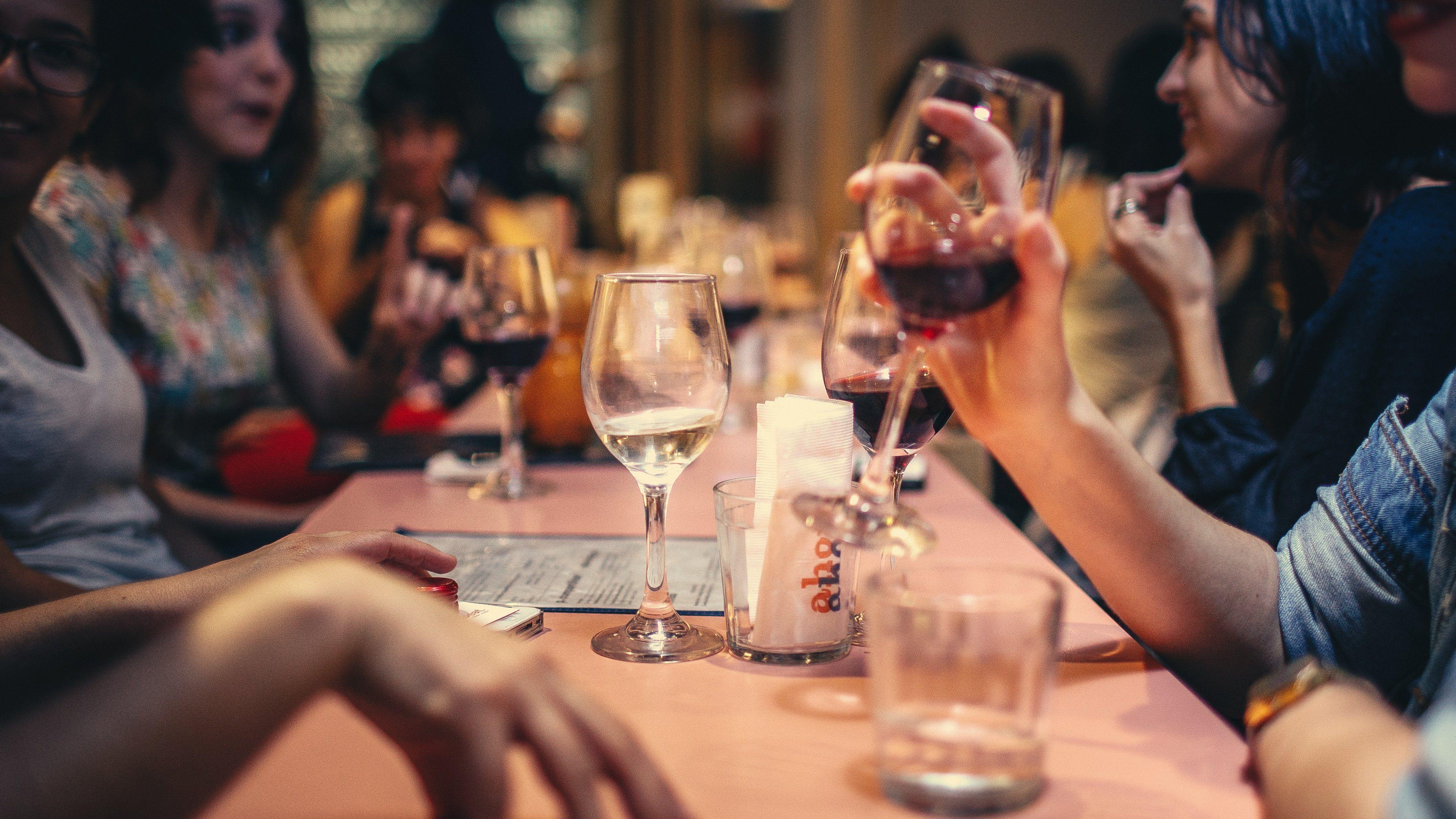 ???? Social Drinks: Meet & Greet New People of Rotterdam