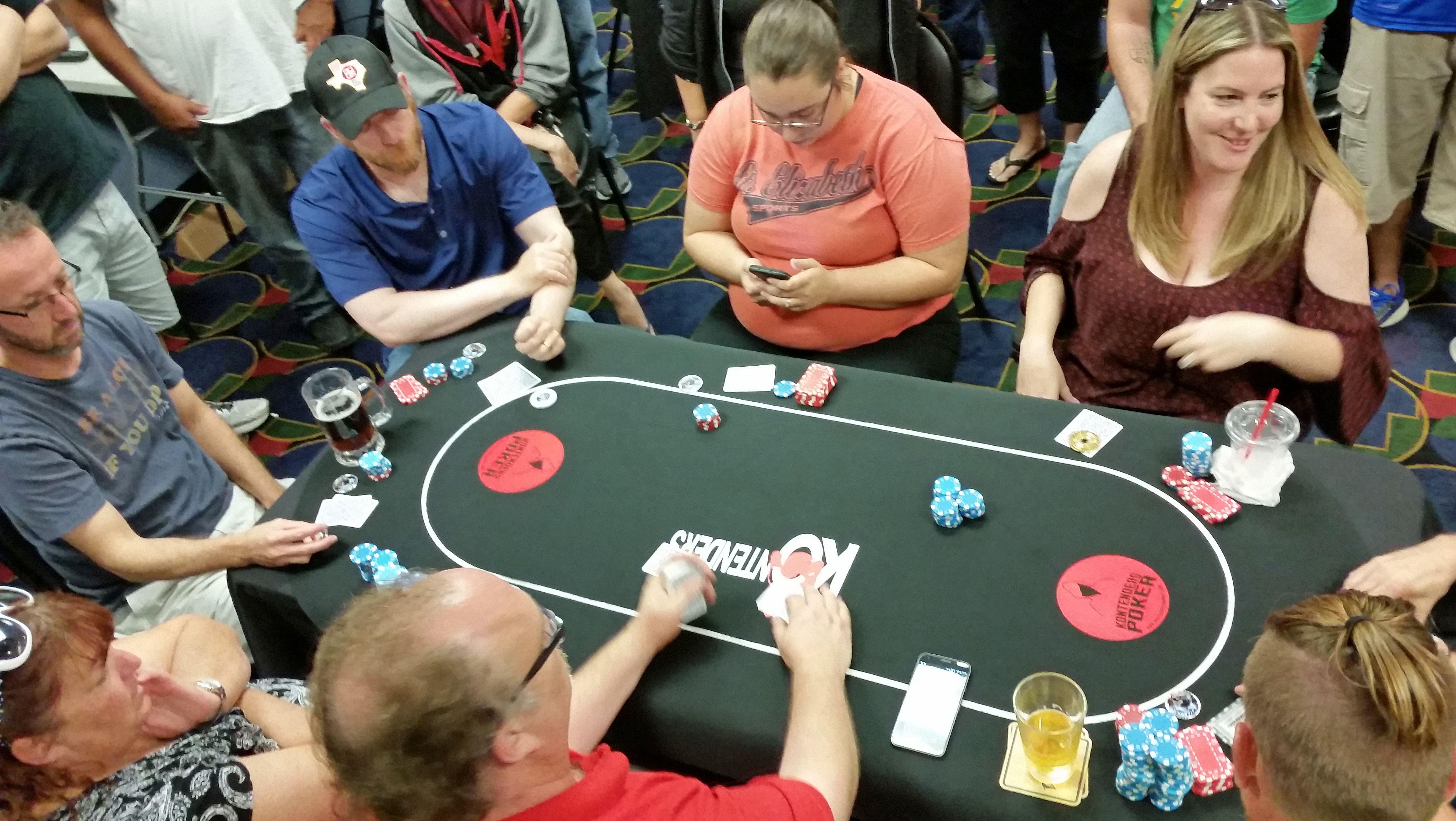 Las vegas roulette table
