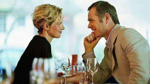 Σύζυγος εξαπάτηση σε απευθείας σύνδεση dating