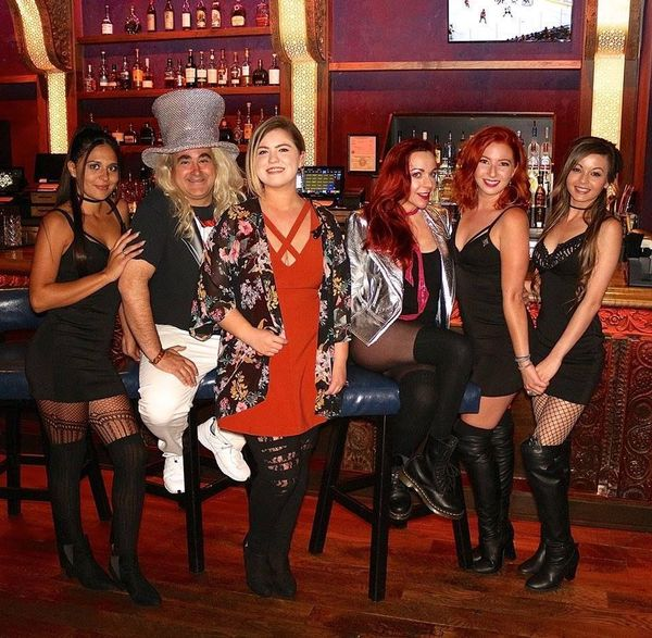 Foundation room in house of blues anaheim presents one hot - House of blues anaheim garden walk ...