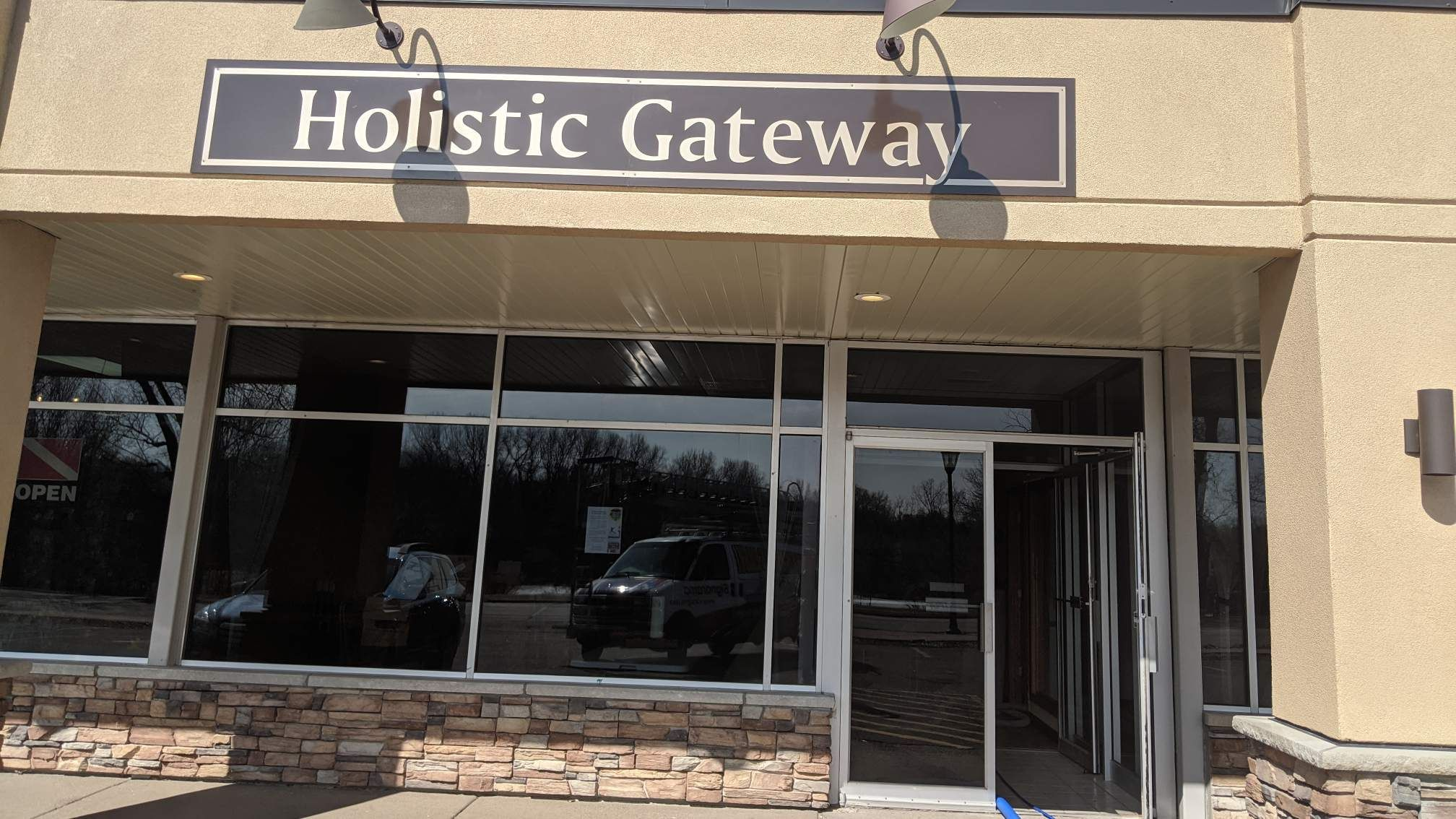Holistic Gateway / Center for the Healing Arts