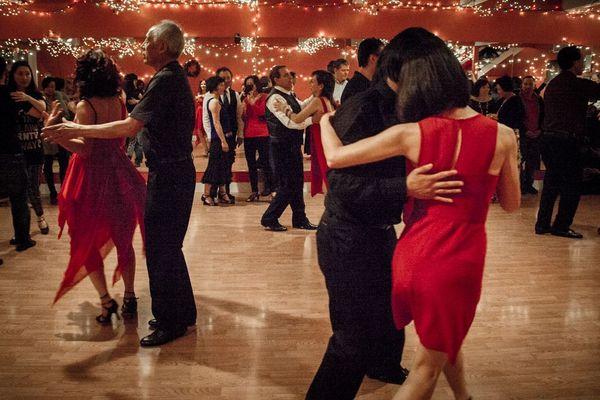 Lets Dance Update: It's Ballroom Night! Let's Dance Social Waltz And Tango