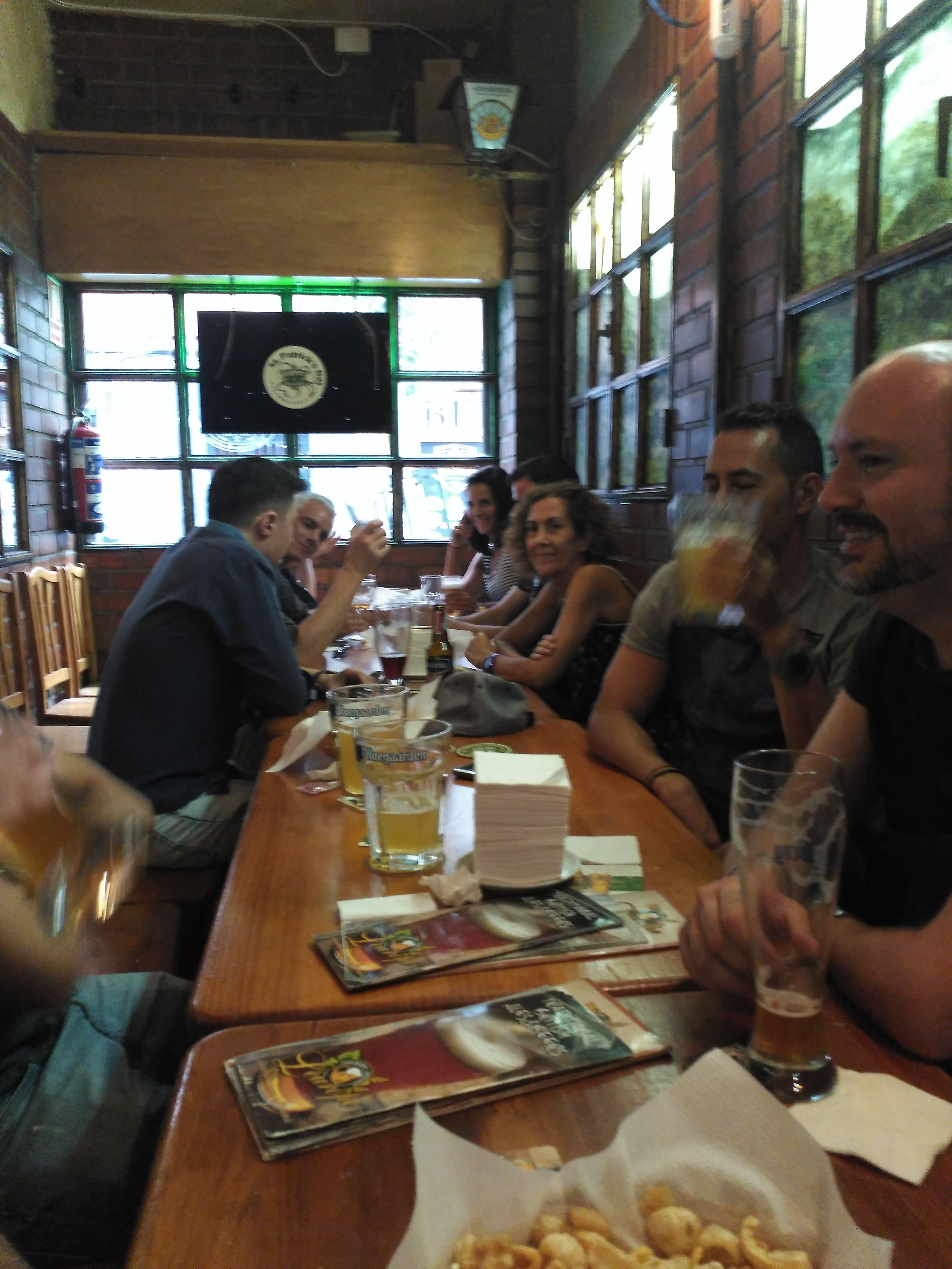 Cervezas e Inglés -- Beer and English