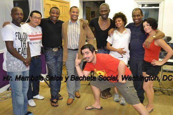 Ручное танцевание / Западное побережье Свинг-производительность с Маркусом Смитом и трендами Телятина