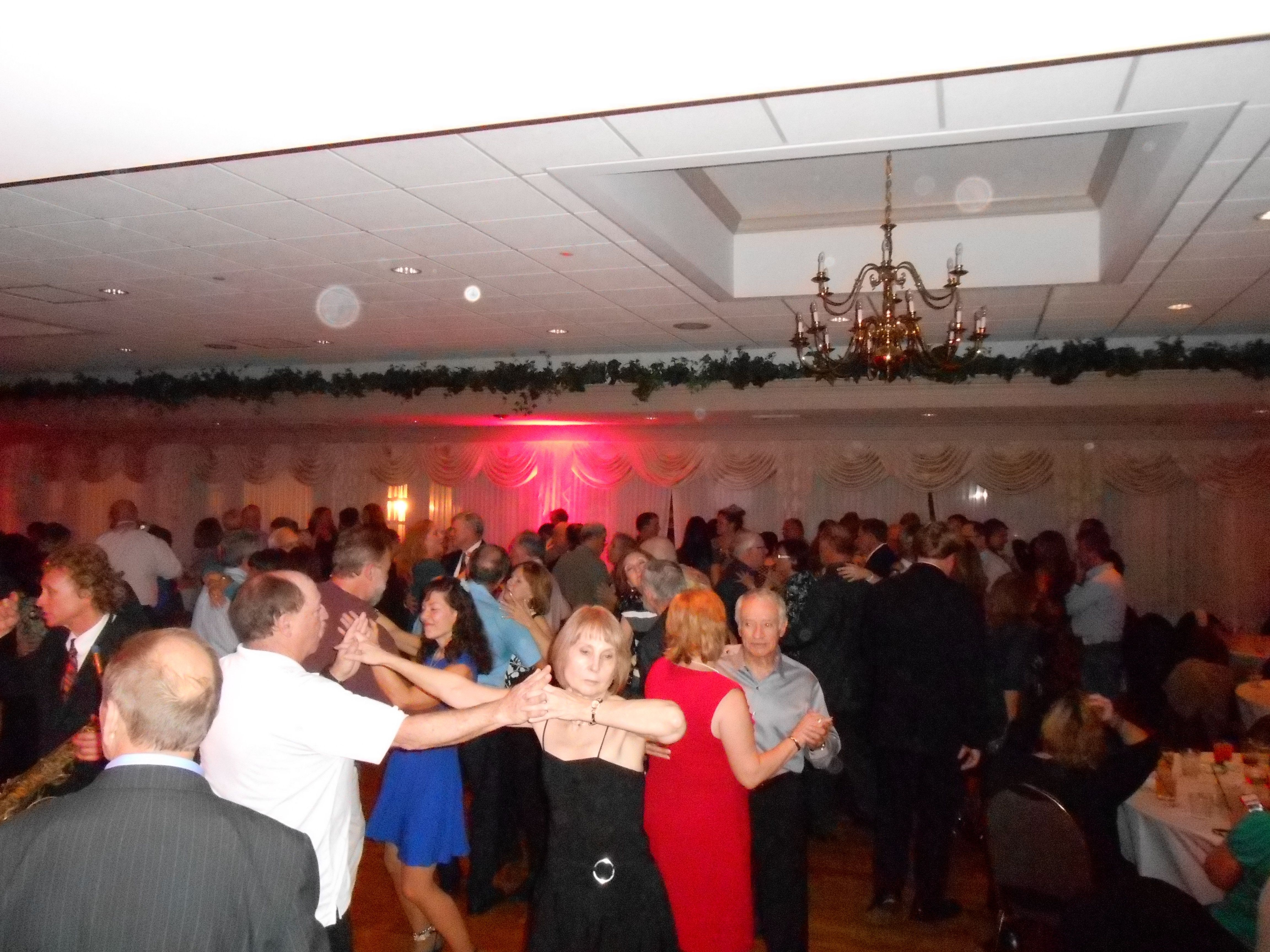 super singles meetup South shore singles (sss) our objective is to help members and non-members meet other singles who share super singles dances ~ friday and saturday dances.