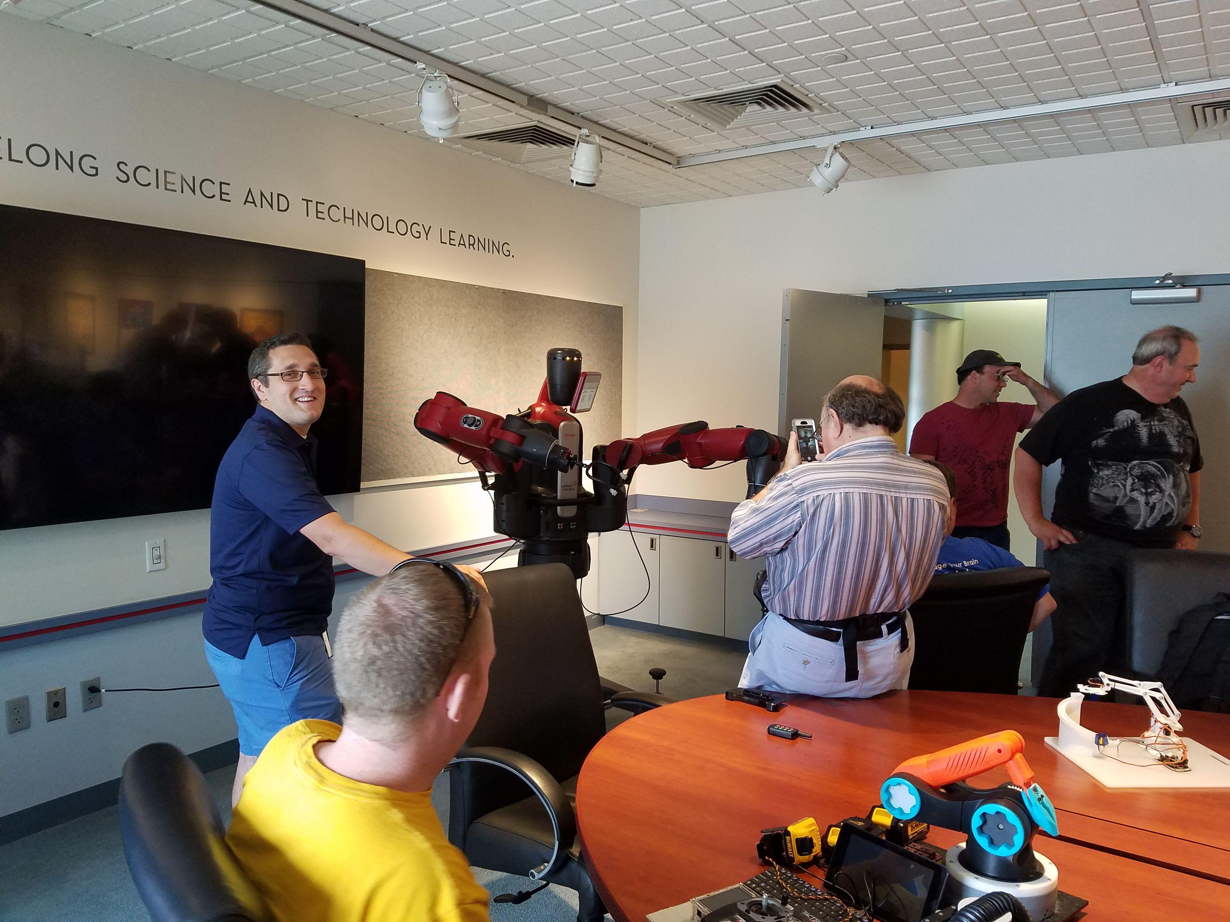 ROBOMO Saint Louis Area Robotics Meetup