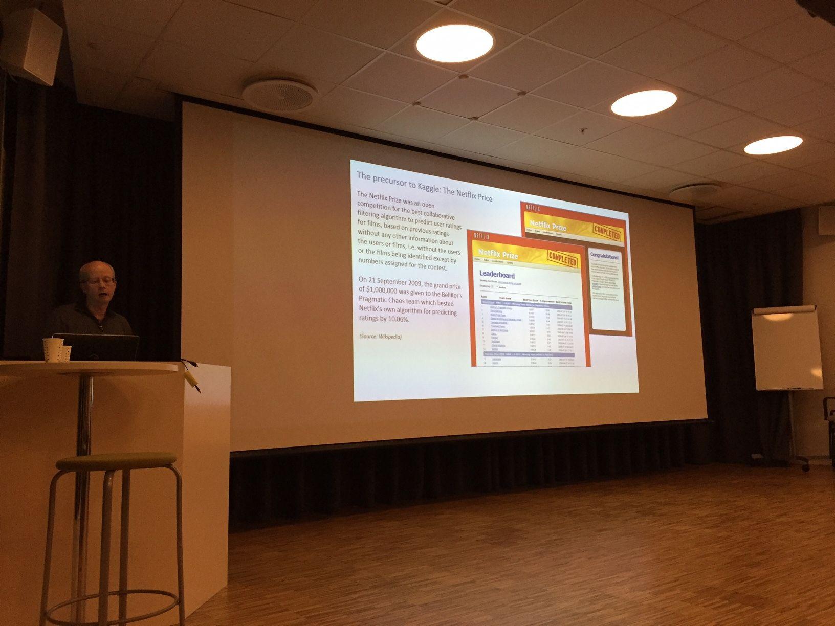Photos - Oslo useR! Group (Oslo) | Meetup