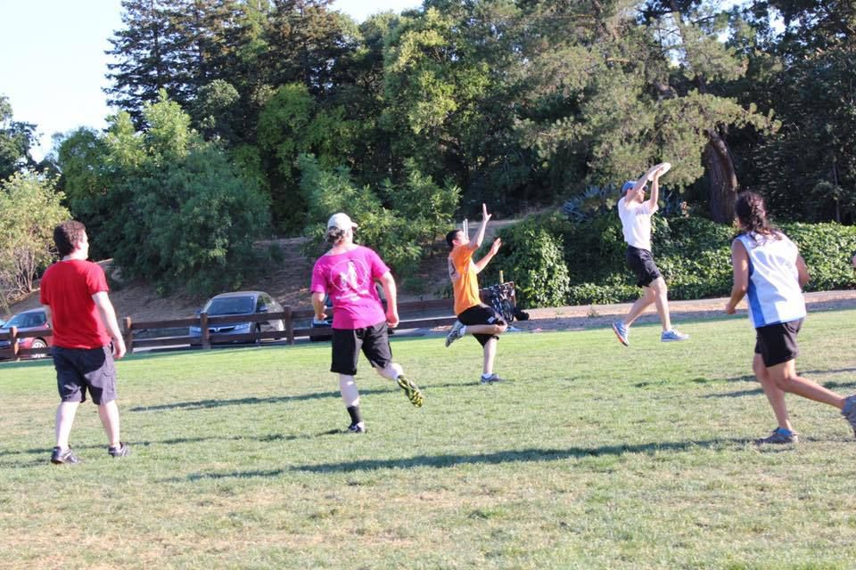Walnut Creek Pickup Ultimate Frisbee (Beg. / Intermediate)