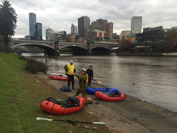 Melbourne folding/inflatable kayak adventurers (Melbourne