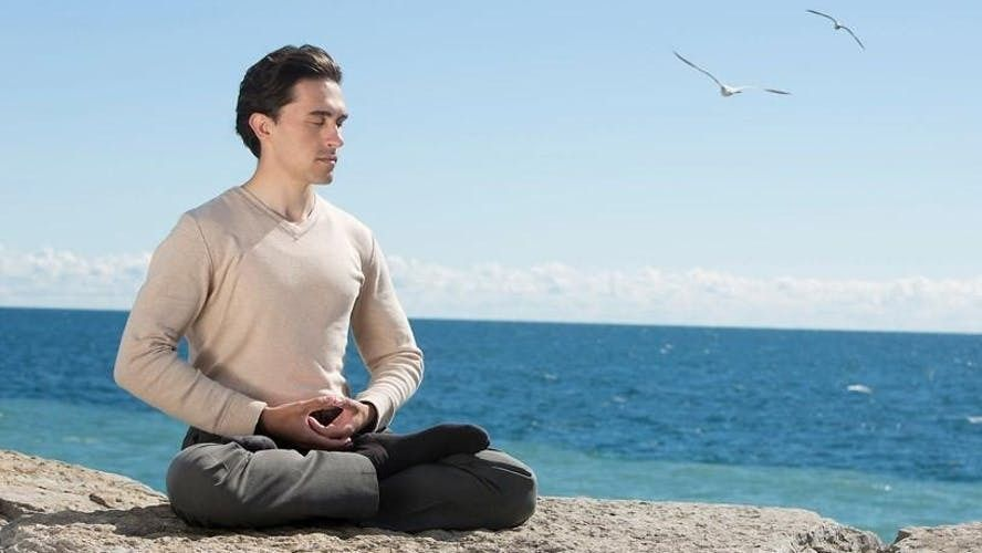 Falun Dafa Qi Gong~Las Vegas~ Desert Breeze Park~6:50 AM ~ FREE