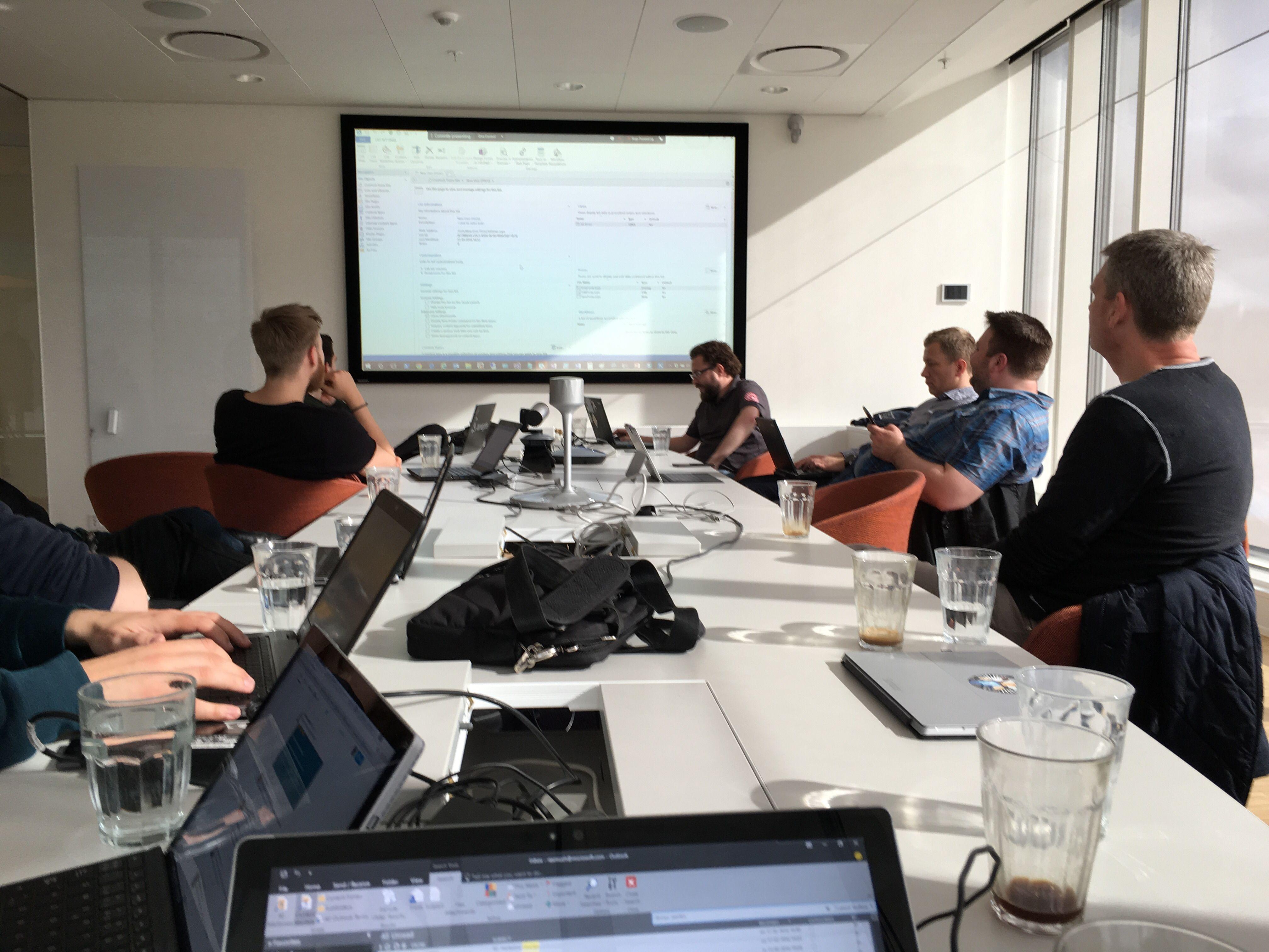 Cloud & Data Center User Group Denmark