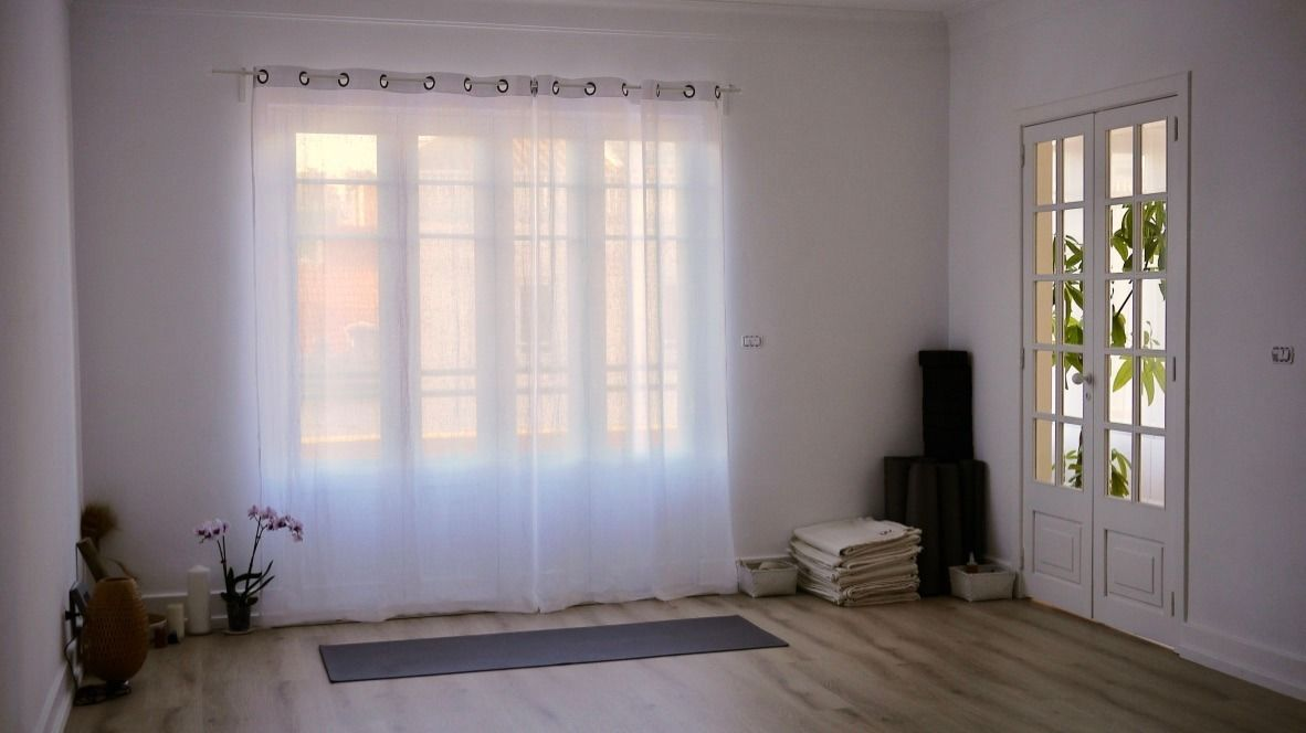 Vinyasa Yoga morning flow in Campo de Ourique/ Estrela - All level
