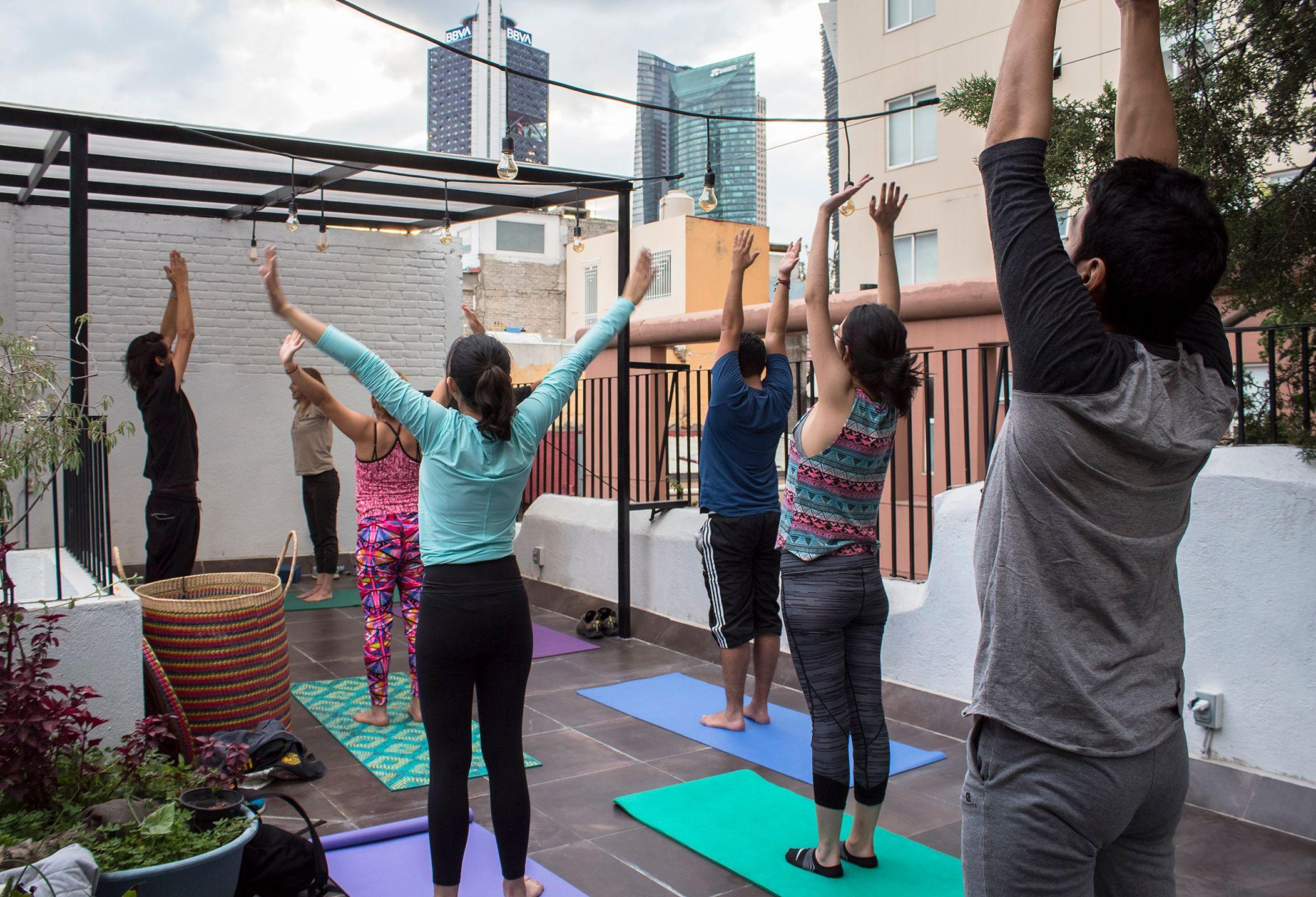 Photos Yoga En Terraza De Galería Cenzontle México City