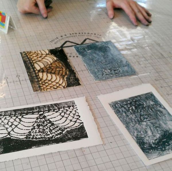 collagraph writing a check
